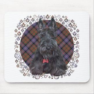 Escocés Terrier en el tartán Alfombrillas De Ratón