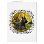 Escocés Terrier en maderas otoñales Tarjeta De Felicitación