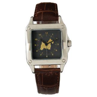 Escocés Terrier en oro y reloj negro