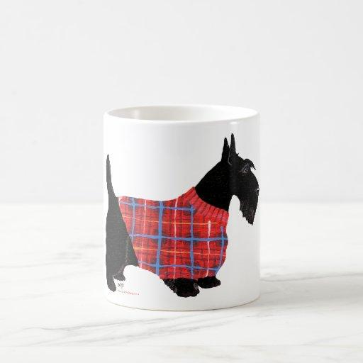 Escocés Terrier en un suéter Tazas De Café