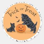 Escocés Terrier y perrito Halloween Etiqueta Redonda