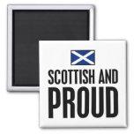 Escocés y orgulloso imán cuadrado