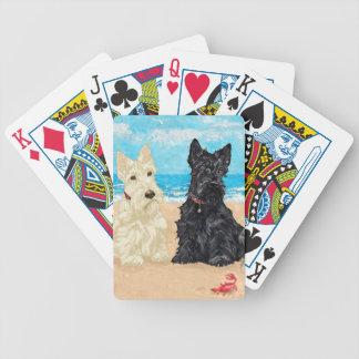 Escoceses de trigo y negros en la playa baraja de cartas
