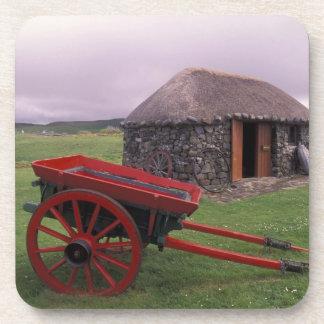 Escocia, isla de Skye, Kilmuir. Paisaje rural Posavasos