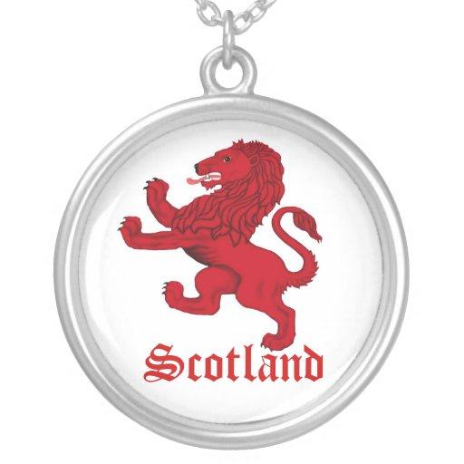 Escocia, león desenfrenado colgante redondo
