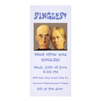 Escoge la tarjeta promocional chistosa del estante tarjetas publicitarias