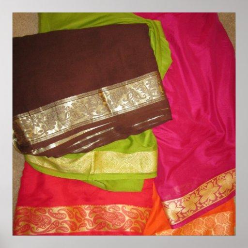 escondite del oro de la tela de la sari de la sari póster