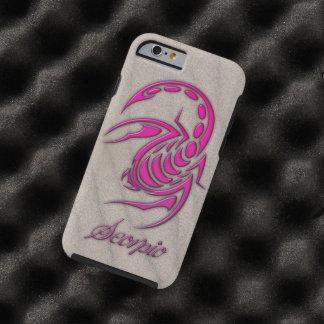 Escorpión de las rosas fuertes en la arena de la funda resistente iPhone 6