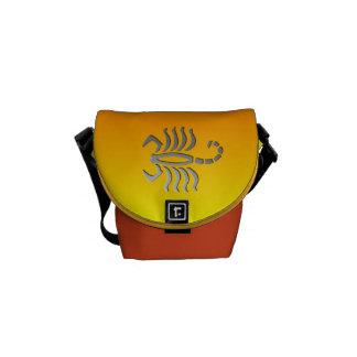 Escorpión mensajero de la muestra del zodiaco del  bolsas messenger
