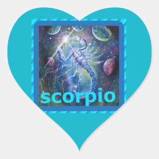 escorpión pegatina en forma de corazón
