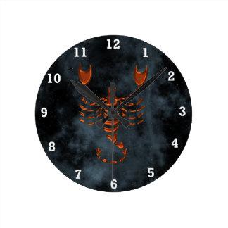 Escorpión Reloj Redondo Mediano