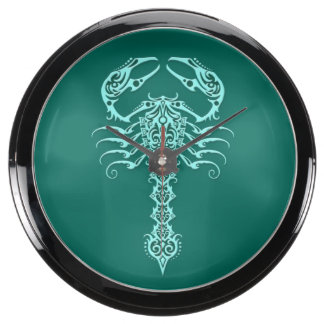 Escorpión tribal azul del trullo reloj acuario