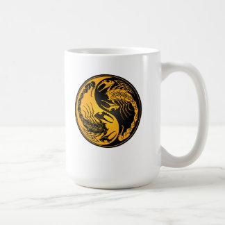 Escorpiones amarillos y negros de Yin Yang Tazas