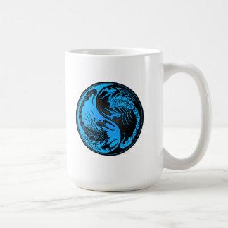 Escorpiones azules y negros de Yin Yang Tazas