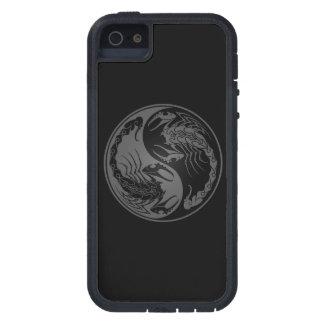 Escorpiones grises y negros de Yin Yang iPhone 5 Fundas