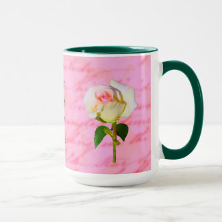 Escrito con la taza color de rosa de ODAT