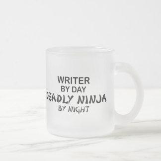Escritor Ninja mortal por noche Taza De Cristal