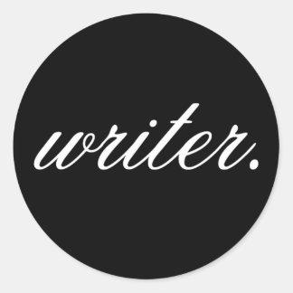 escritor. (suposición, blancas en el negro) - pegatina redonda