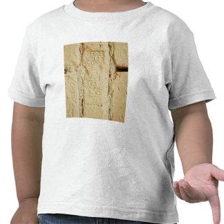 Escritura cuneiforme en una pared del palacio camiseta