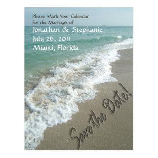 Escritura de la arena en la reserva de la playa la tarjeta postal