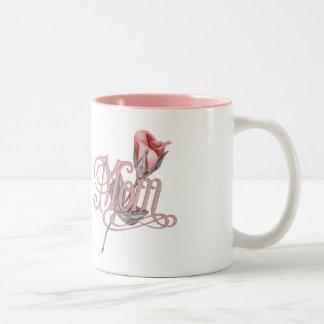 Escritura de la mamá y subió tazas de café