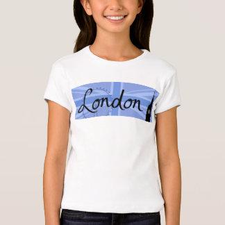 Escritura de Londres y cielo y sitios de Union Camisas