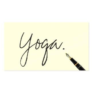 Escritura manuscrita del instructor de la yoga tarjetas de visita