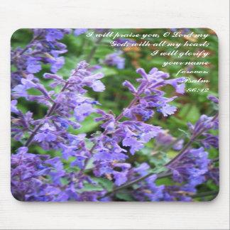 Escritura púrpura Mousepad de la flor