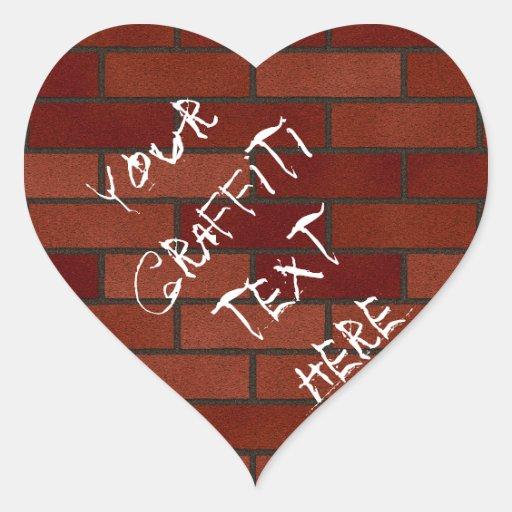 Escrituras en la pared de ladrillo calcomanía corazón