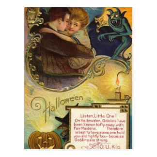 Escucha el pequeño el Halloween Tarjetas Postales