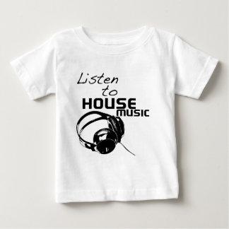 Escuche la música de la casa playeras