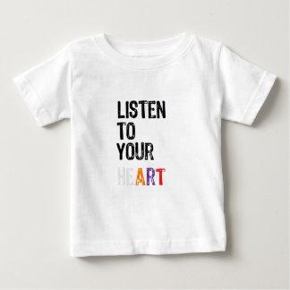 Escuche su corazón playera