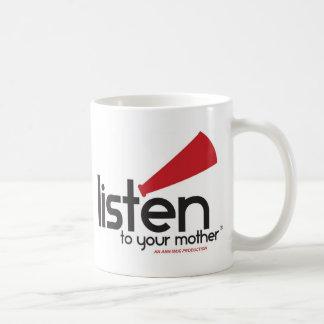 Escuche sus regalos de la madre taza