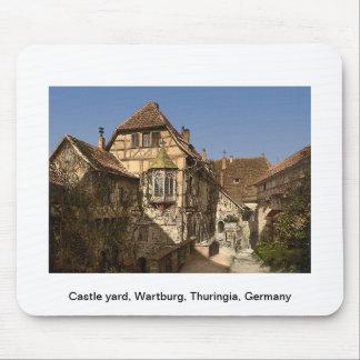 Escúdese la yarda, Wartburg, Thuringia, Alemania Tapetes De Ratones