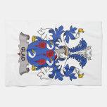 Escudo alegre de la familia toalla de mano