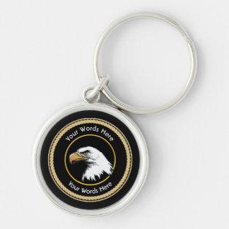 Escudo americano de la cuerda de Eagle calvo Llavero Redondo Plateado