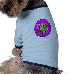 Escudo BG magenta de la iglesia de Inglaterra Cant Ropa Para Mascota