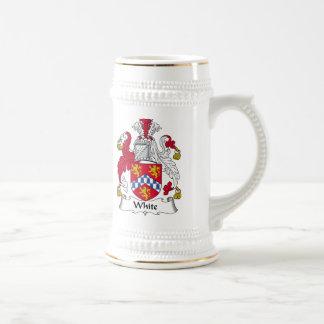 Escudo blanco de la familia jarra de cerveza