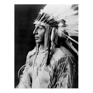 Escudo blanco - indio del nativo americano de postales