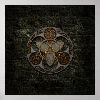 Escudo céltico de la trinidad póster