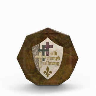 Escudo cruzado cristiano: Verdad Triumph y testimo