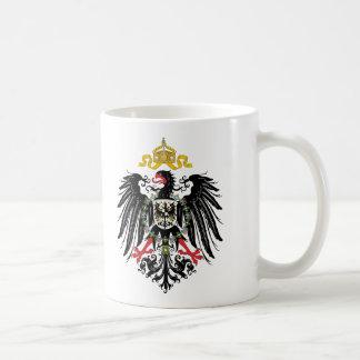 Escudo de armas alemán del imperio (1889) taza básica blanca