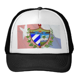 Escudo de armas cubano en bandera cubana gorro
