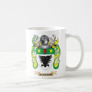 Escudo de armas de Acheson (escudo de la familia) Taza Básica Blanca