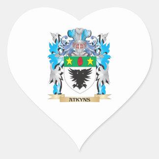 Escudo de armas de Atkyns Calcomania De Corazon