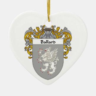 Escudo de armas de Ballard/escudo de la familia Adorno De Cerámica En Forma De Corazón