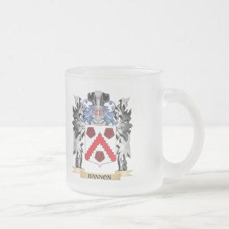Escudo de armas de Bannon - escudo de la familia Taza Cristal Mate
