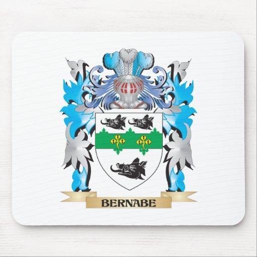 Escudo de armas de Bernabe Alfombrillas De Ratón