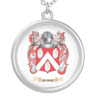 Escudo de armas de Byrne (escudo de la familia) Collar Plateado