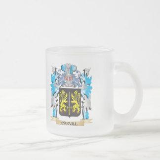 Escudo de armas de Carvill - escudo de la familia Taza Cristal Mate